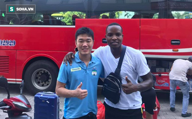 Siêu tiền đạo V.League: Saudi Arabia nóng như thế, cầu thủ Việt Nam sẽ chạy ra sao đây? - Ảnh 1.