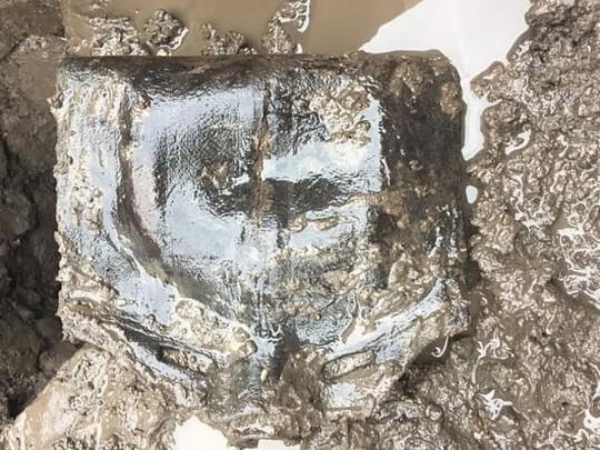 Kho báu và hài cốt ngàn năm xuất hiện ở công trường xây dựng - Ảnh 1.