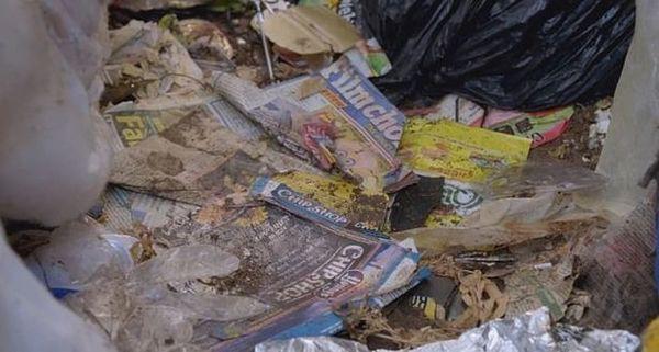 Cho thuê nhà, ông chủ hoảng hốt khi thấy nhà chẳng khác gì bãi rác ngập ngụa trăm thứ đồ, phải tốn tới hơn 170 triệu để dọn sạch - Ảnh 4.
