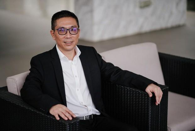 Bị bạn gái chê anh mãi là nhân viên vệ sinh, người đàn ông trở thành CEO công ty vệ sinh có doanh thu nghìn tỷ - Ảnh 1.