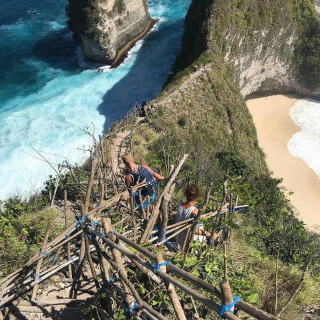 """Du lịch Bali và hàng loạt hiểm nguy rình rập du khách: Sóng """"tử thần"""", khỉ """"cướp giật"""" và đặc biệt là điều cuối cùng! - Ảnh 11."""