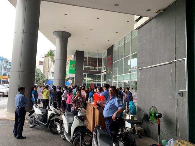 Cộng đồng mạng kêu gọi tẩy chay Big C, ủng hộ hàng Việt Nam - Ảnh 1.