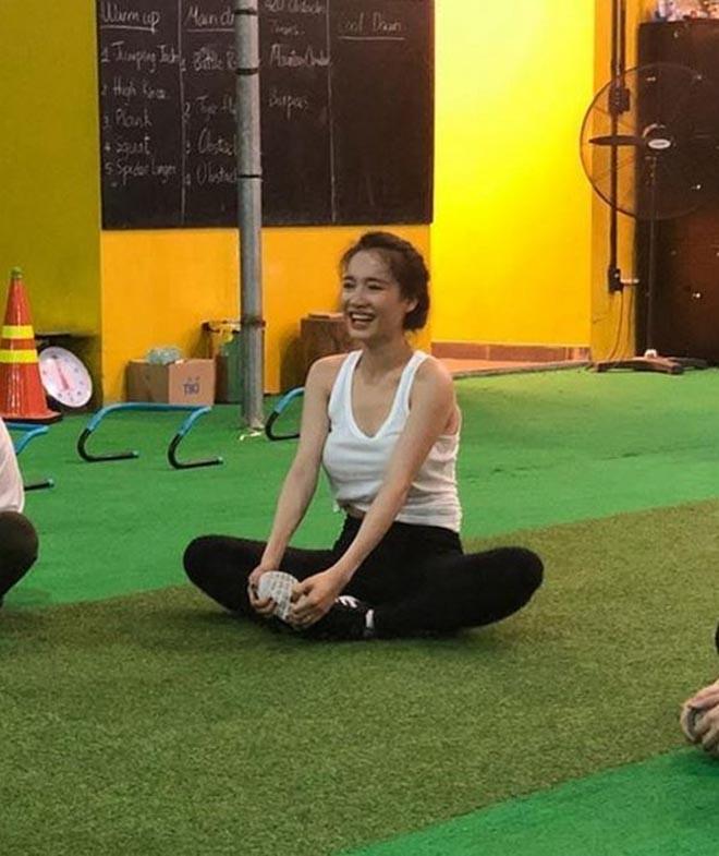 Nhã Phương chăm chỉ tập gym sau khi sinh con cho Trường Giang? - Ảnh 4.