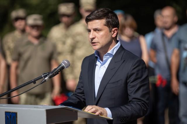 Thăm Donbass lần 3, TT Ukraine bất ngờ được hưởng ứng nhiệt liệt vì 1 câu nói liên quan đến Nga - Ảnh 1.