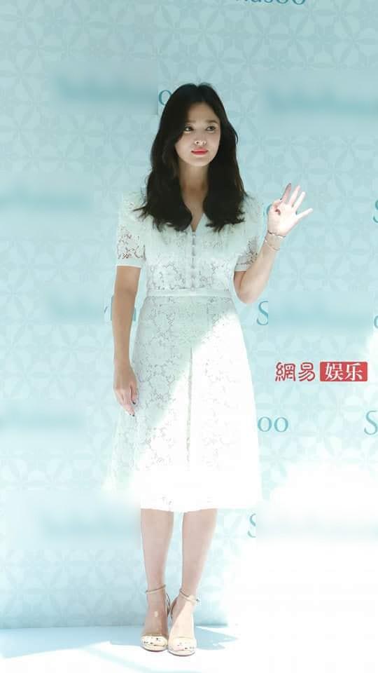Sau lời xác nhận ly hôn, đây là câu nói đầu tiên của Song Hye Kyo khi đứng trước công chúng - Ảnh 4.