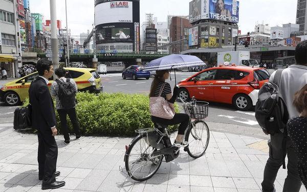Người Nhật đi thuê xe nhưng lại không lái, lý do khiến ai cũng bất ngờ - Ảnh 1.