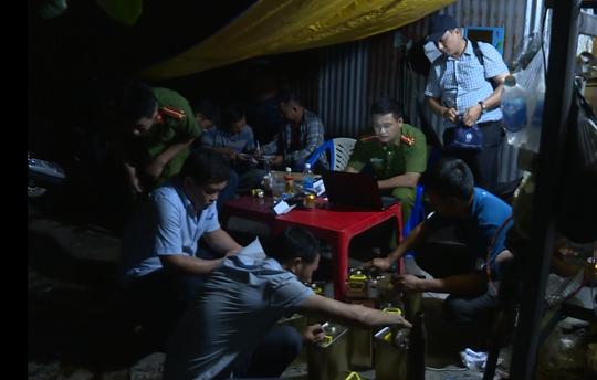 Bắt giam trợ thủ đắc lực của đại gia xăng dầu Trịnh Sướng - Ảnh 2.