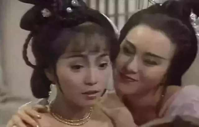 Sao nữ xinh đẹp bị Châu Tinh Trì hủy hoại nhan sắc: Phát điên vì tình, cuối đời không con cái - Ảnh 4.