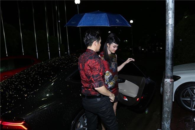 Chồng sắp cưới của Đông Nhi: Gia thế khủng nhưng sống giản dị, không màng danh tiếng - Ảnh 8.