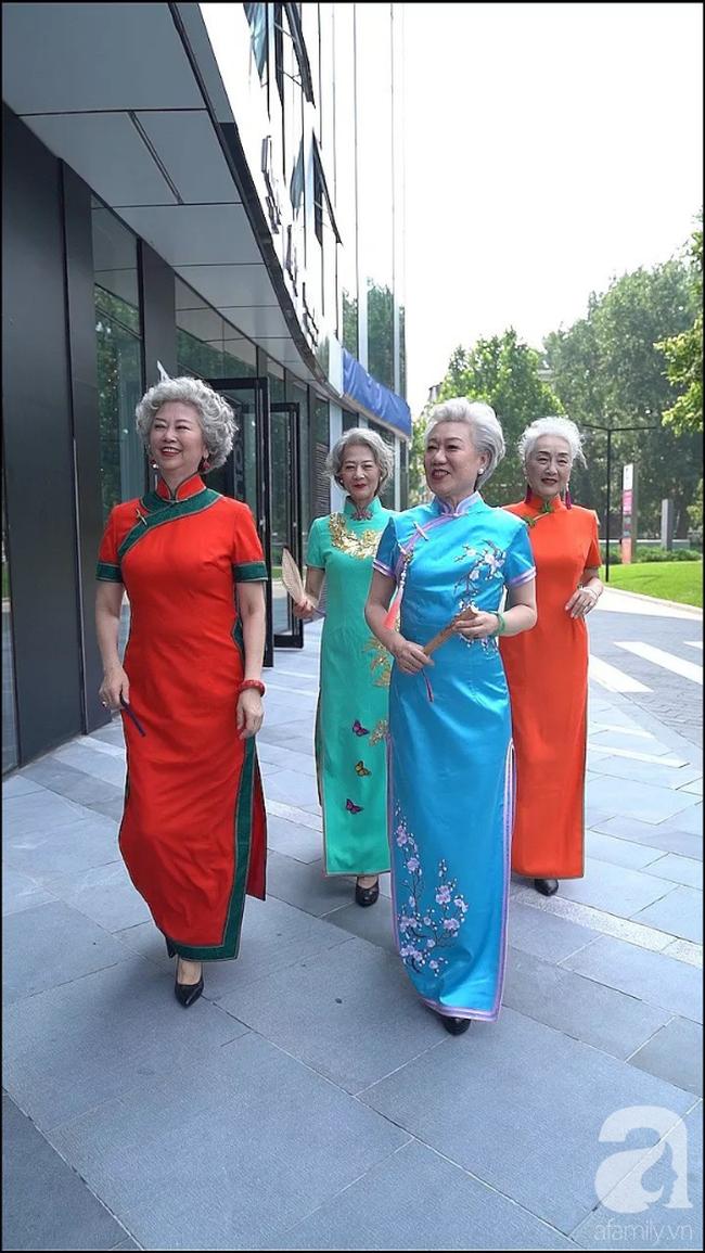 Chất như 4 bà ngoại Trung Quốc: Lúc trẻ làm to, về già theo đuổi nghiệp người mẫu để giữ khí chất sang chảnh của thiếu phu nhân - Ảnh 2.