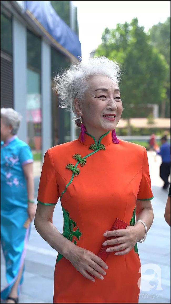 Chất như 4 bà ngoại Trung Quốc: Lúc trẻ làm to, về già theo đuổi nghiệp người mẫu để giữ khí chất sang chảnh của thiếu phu nhân - Ảnh 3.