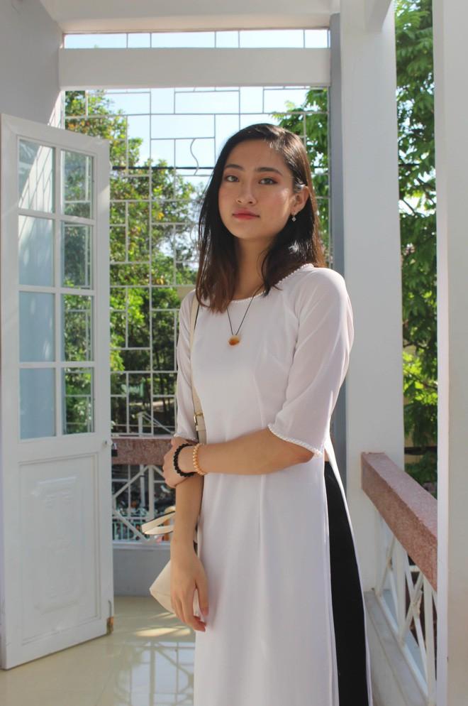 Nữ sinh Ngoại thương là ứng viên nặng ký của vương miện Hoa hậu thế giới Việt Nam 2019: IELTS 7.5, học sinh đội tuyển HSG Quốc gia Toán - Ảnh 5.
