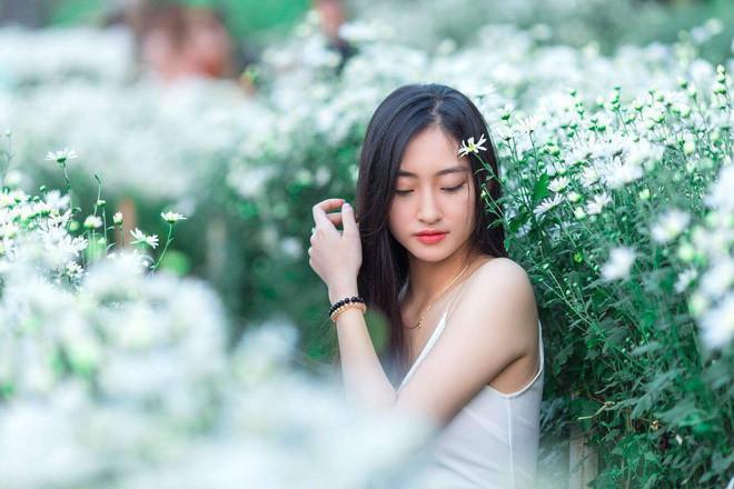 Nữ sinh Ngoại thương là ứng viên nặng ký của vương miện Hoa hậu thế giới Việt Nam 2019: IELTS 7.5, học sinh đội tuyển HSG Quốc gia Toán - Ảnh 8.