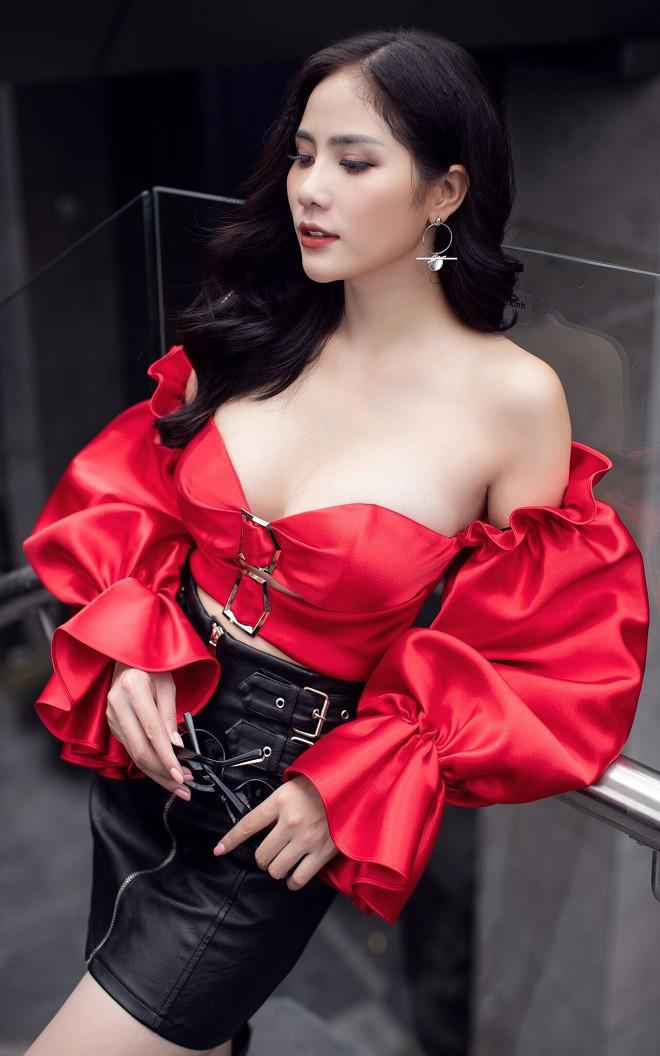 Á hậu Hoàng Hạnh sexy dạo phố - Ảnh 3.