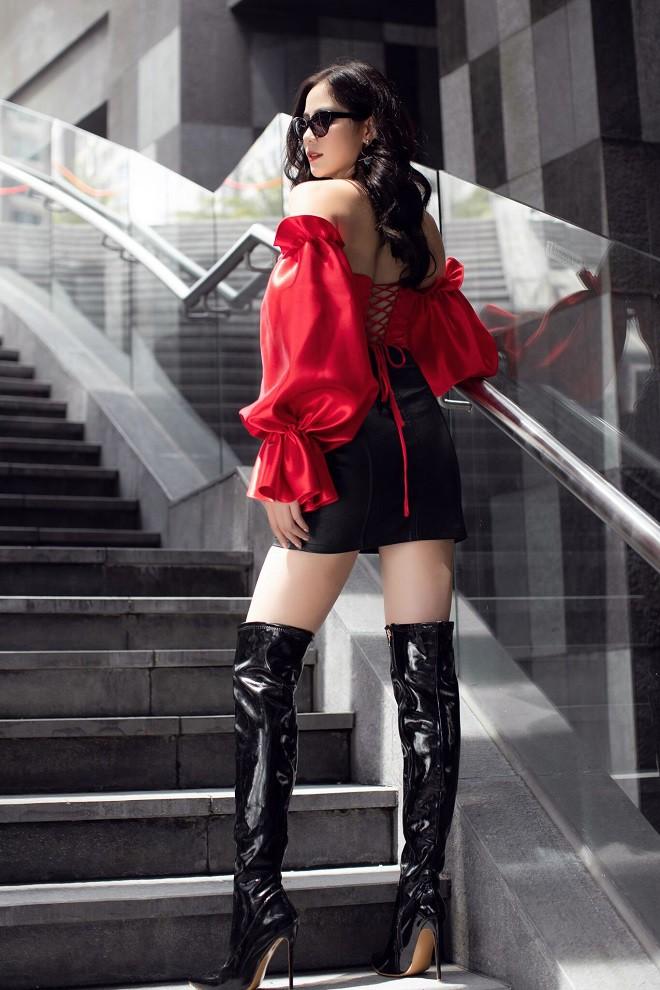 Á hậu Hoàng Hạnh sexy dạo phố - Ảnh 5.