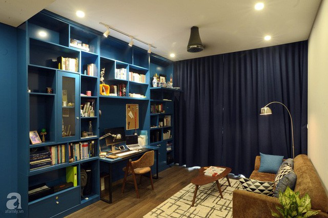 Căn hộ 90m² đẹp hiện đại với điểm nhấn màu xanh rất nam tính, có chi phí thi công 280 triệu đồng ở Hà Nội - Ảnh 2.