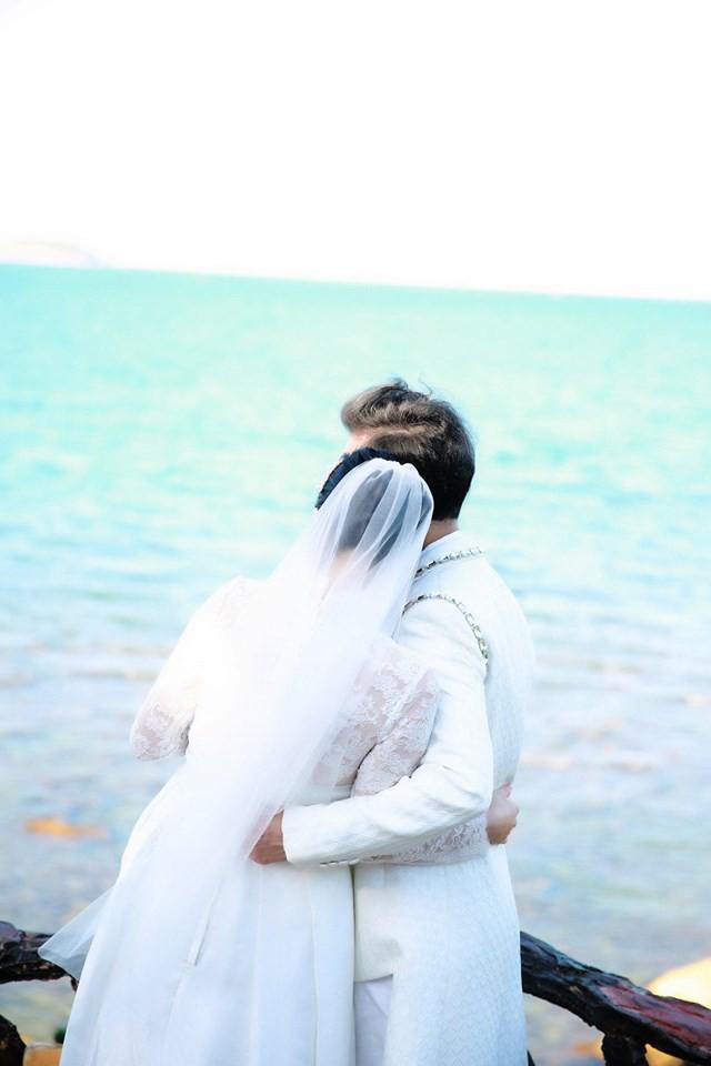 Ông hoàng nhạc sến Ngọc Sơn bất ngờ tung ảnh cưới, úp mở chuyện lấy vợ ở tuổi U50 - Ảnh 4.