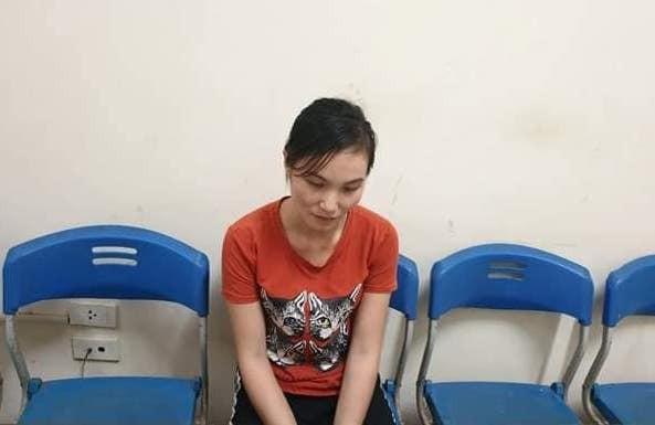 2 bé gái tố cáo kẻ đã bán mình sang Trung Quốc làm vợ nhiều năm qua - Ảnh 1.