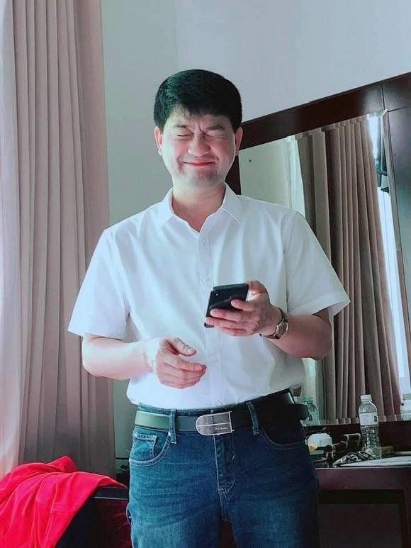 Quán quân Sao Mai 2010 Minh Chuyên lần đầu công khai danh tính bố của con trai sau tin đồn sinh con cho đại gia - Ảnh 1.