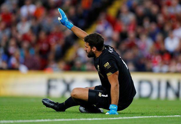 Klopp tái mặt, Liverpool mất thủ môn Alisson 6 tuần vì chấn thương - Ảnh 1.