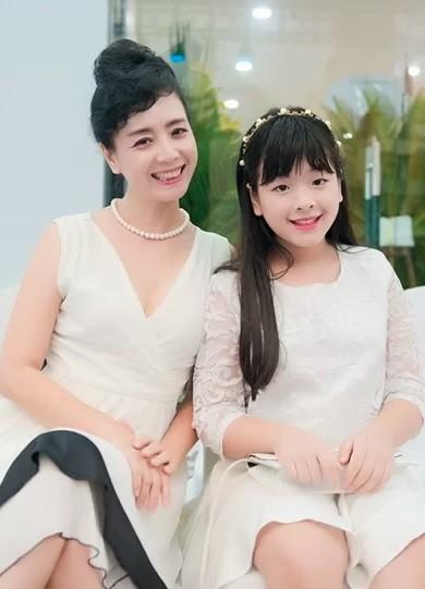 Ngỡ ngàng với diện mạo xinh đẹp của các ái nữ nhà sao Việt: Toàn là những mỹ nhân hàng đầu, sở hữu cuộc sống sang chảnh ai cũng ghen tị - Ảnh 18.