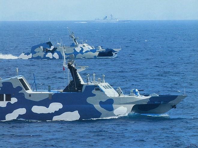 [ẢNH] Trung Quốc gây bất ngờ khi sớm loại biên tàu tên lửa tàng hình Type 022 - Ảnh 6.