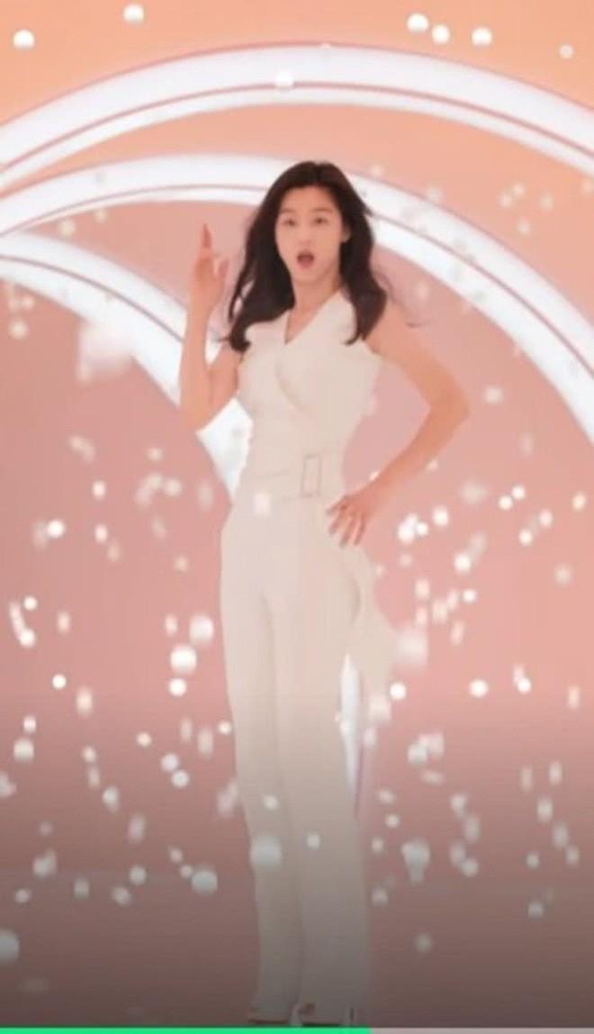 Mợ chảnh Jeon Ji Hyun: Mỹ nhân thành công nhất Kbiz, sự nghiệp, đời tư đều lấn lướt Song Hye Kyo - Kim Tae Hee? - Ảnh 6.