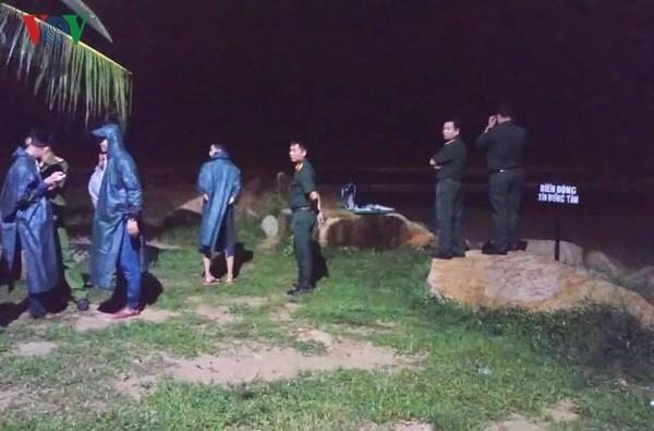 Vụ đuối nước tập thể ở Bình Thuận: Vẫn còn 2 du khách mất tích - Ảnh 1.