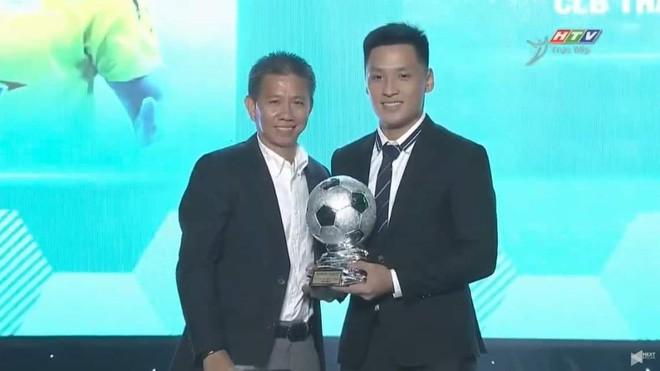 Thủ môn Việt từng lọt top 10 thế giới tái hiện pha ghi bàn hồi mã thương tại giải châu Á - Ảnh 2.