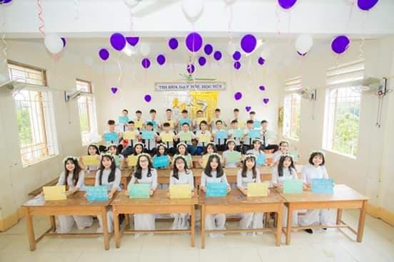 Lớp học trường làng ở Hà Tĩnh có 100% học sinh đỗ đại học - Ảnh 1.