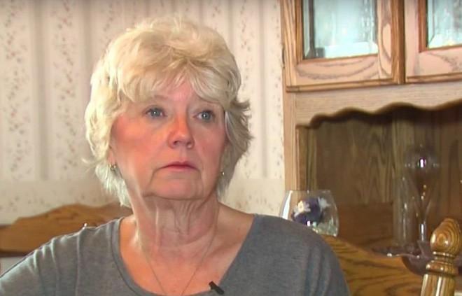 Thực hiện di nguyện của mẹ, người phụ nữ bất ngờ phát hiện ra sự thật kinh khủng về ngôi mộ của bố mình suốt 12 năm trời - Ảnh 4.