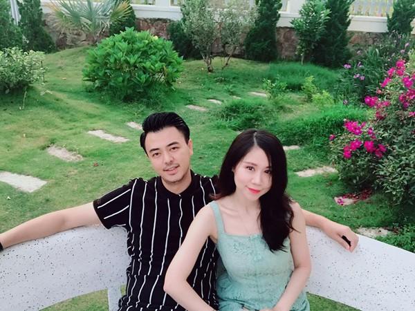 Cuộc sống sau 7 năm kết hôn cùng vợ gia thế của Quốc - MC Tuấn Tú - Ảnh 5.