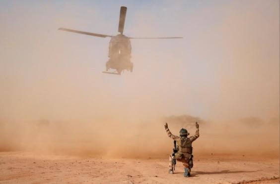 Cuộc phiêu lưu quân sự của Pháp tại Mali: Sa chân trong bùn lầy, sợ hãi và thù địch? - Ảnh 8.