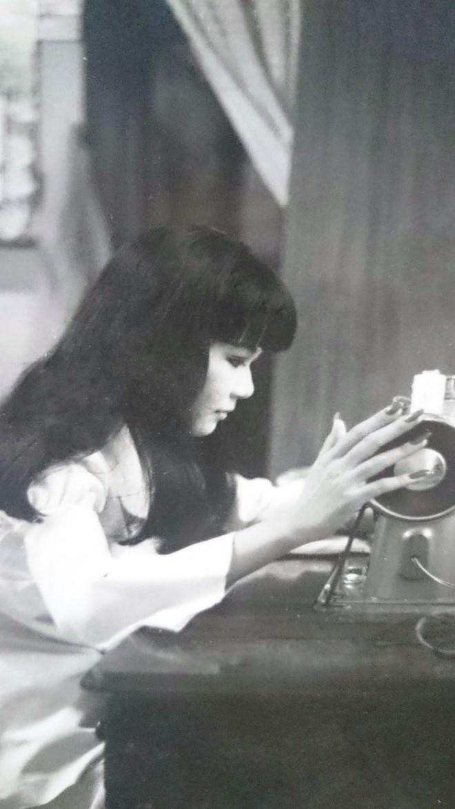 Thanh Kim Huệ: 2 lần chết hụt và mối tình đầu kéo dài 50 năm với NSƯT Thanh Điền - Ảnh 1.