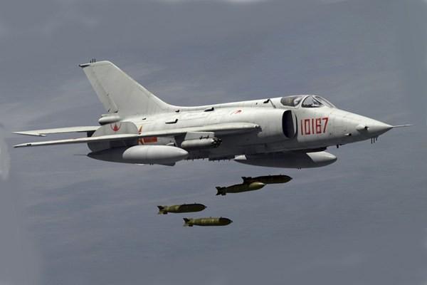 Tham vọng hiện đại hóa Không quân của Trung Quốc: Khó khăn do thiếu máy bay? - Ảnh 3.