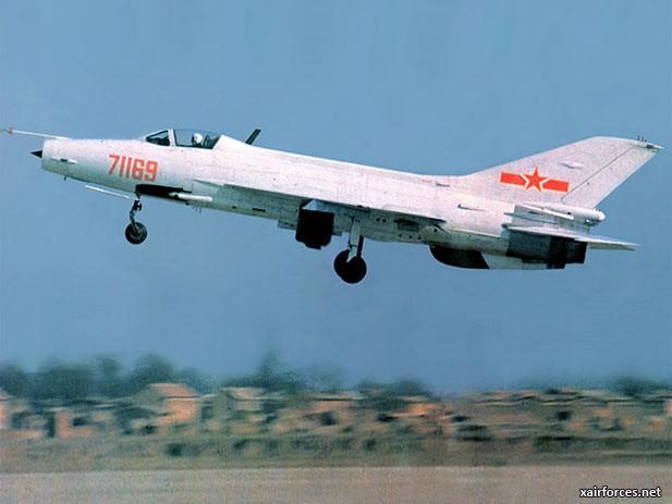Tham vọng hiện đại hóa Không quân của Trung Quốc: Khó khăn do thiếu máy bay? - Ảnh 1.