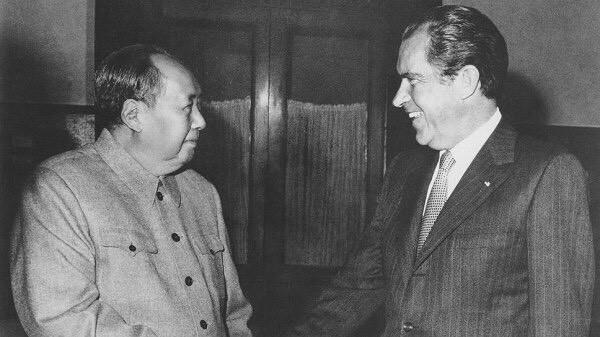 Nga - Trung Quốc kết thân: Cuộc bang giao giữa hai cựu thù sẽ khó lâu bền - Ảnh 1.