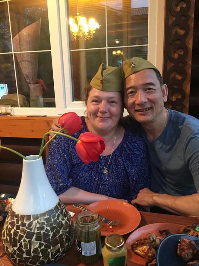 Sinh nhật tuổi 26 vui khó tả của Lâm Tây: Đại gia đình họ Đặng kéo nhau sang Thái xua tan nỗi cô đơn cho cậu cháu - Ảnh 2.