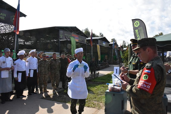 Bếp Dã chiến Việt Nam lập thành tích mới: Hiện tượng - Đội châu Á duy nhất vào vòng cuối - ảnh 1