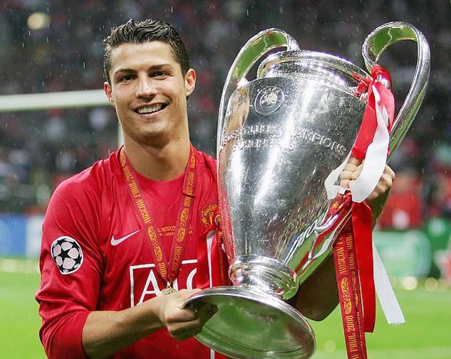 Ronaldo khiến Messi ngỡ ngàng chỉ bằng một câu nói - Ảnh 2.