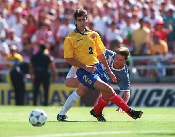 Cầu thủ Nam Mỹ tử nạn ngoài sân cỏ: Hết bị bắn chết, chặt đầu đến … phân xác thành nhiều mảnh - Ảnh 11.