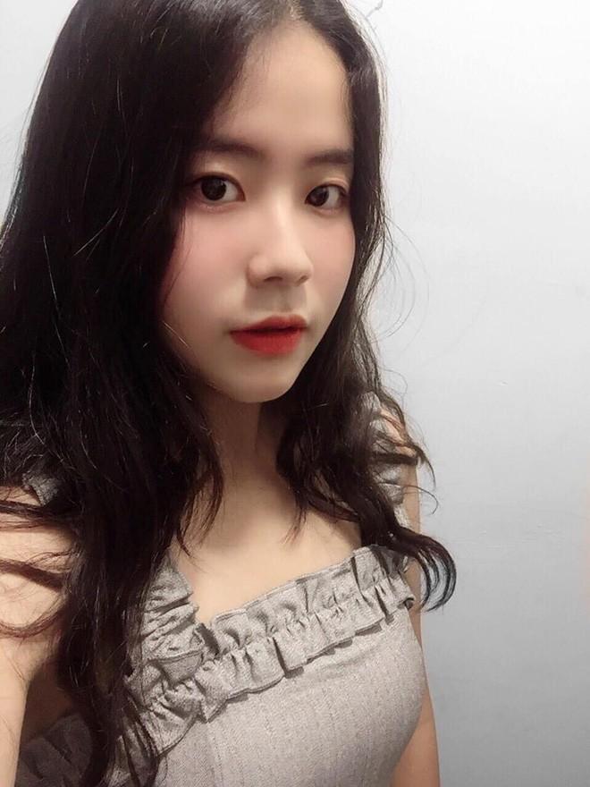 Girl xinh 17 tuổi lột xác cực mạnh sau câu nói đầy tổn thương khi đi mua quần áo - Ảnh 12.