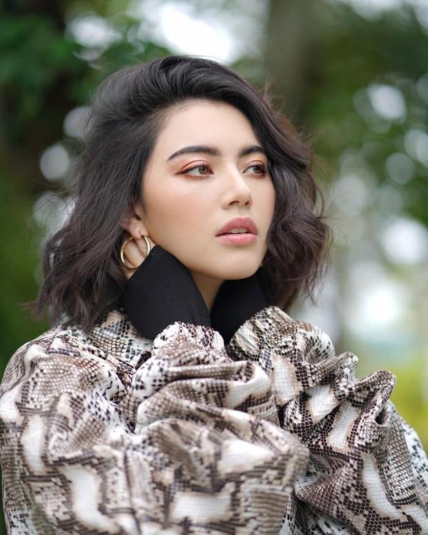 Top sao nữ đẹp từ trong trứng nước của showbiz Thái: Dàn mỹ nhân lai xuất sắc, Nira Chiếc lá bay chưa phải là nhất! - Ảnh 19.