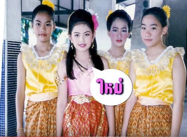 Top sao nữ đẹp từ trong trứng nước của showbiz Thái: Dàn mỹ nhân lai xuất sắc, Nira Chiếc lá bay chưa phải là nhất! - Ảnh 25.