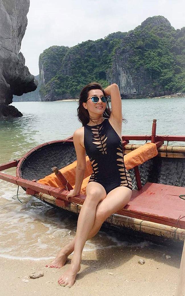 Hồng Nhung, Chiều Xuân, MC Kỳ Duyên 'đọ dáng' với bikini - ảnh 4