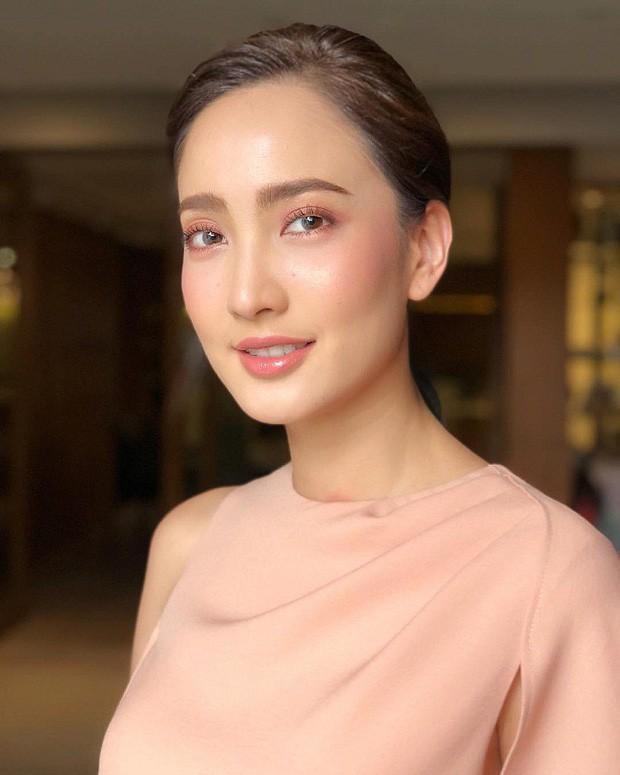 Top sao nữ đẹp từ trong trứng nước của showbiz Thái: Dàn mỹ nhân lai xuất sắc, Nira Chiếc lá bay chưa phải là nhất! - Ảnh 41.