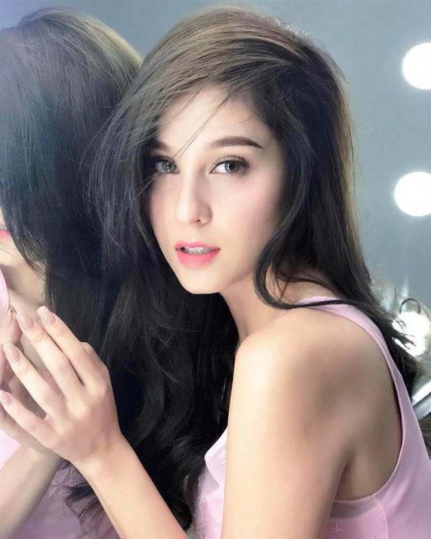 Top sao nữ đẹp từ trong trứng nước của showbiz Thái: Dàn mỹ nhân lai xuất sắc, Nira Chiếc lá bay chưa phải là nhất! - Ảnh 49.