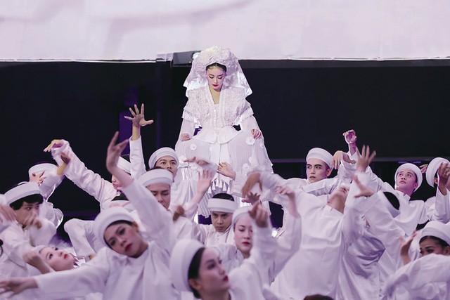 """MV """"Tứ phủ"""" của Hoàng Thuỳ Linh nhận nhiều """"gạch đá"""" dư luận - Ảnh 3."""