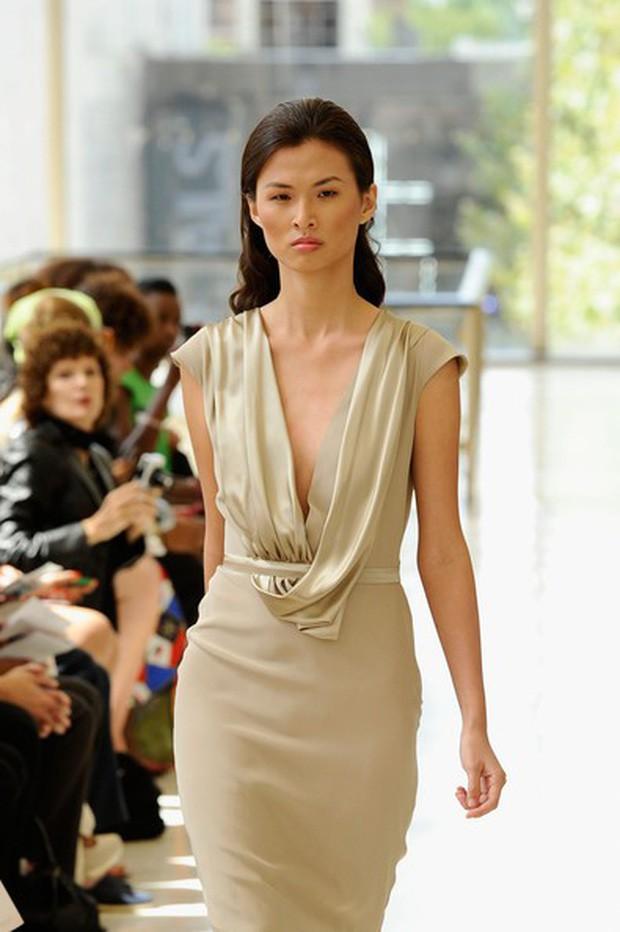 Dàn mẫu Vietnams Next Top Model: Các cô nàng cò hương dần tăng cân, lột xác về ngoại hình - Ảnh 19.