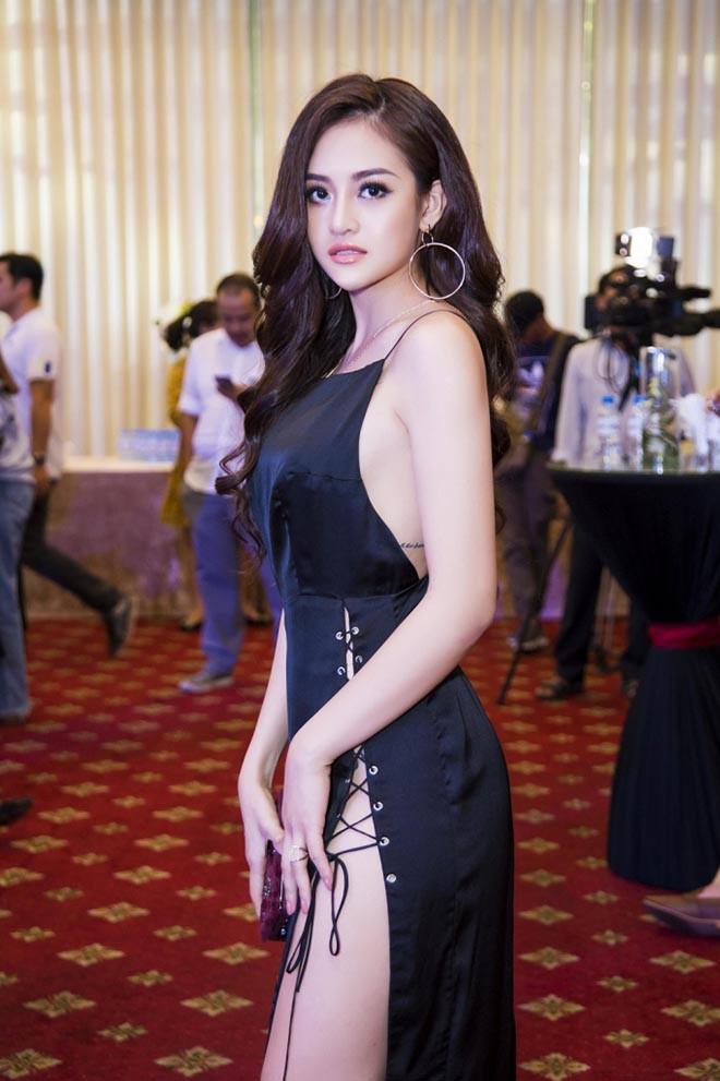 Nữ diễn viên Việt đóng cảnh nóng năm 18 tuổi giờ ra sao? - ảnh 1